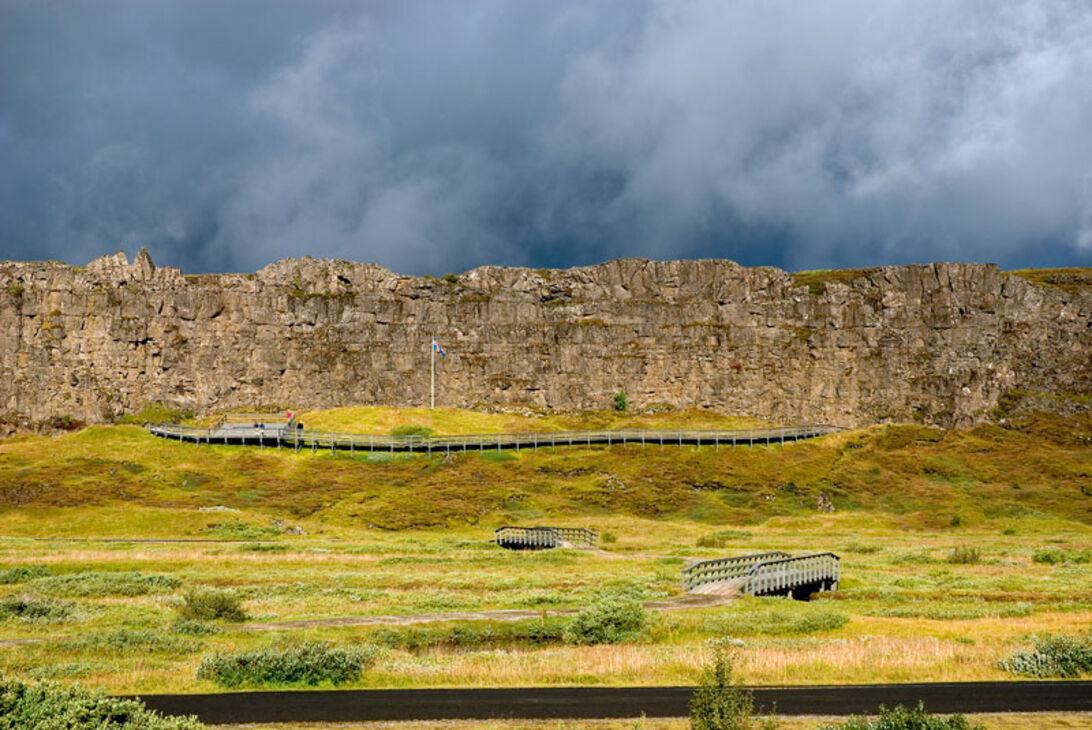 Island – dykning mellan två kontinenter