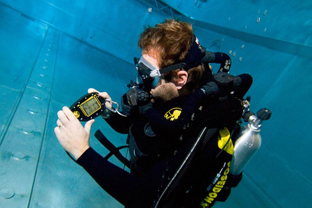 Poseidon utan bubblor - vi provdyker Discovery VI