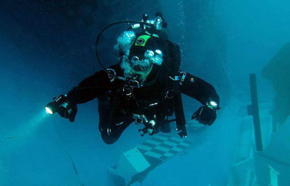 Costa Concordia i DYK mars Foto; Marina Militare