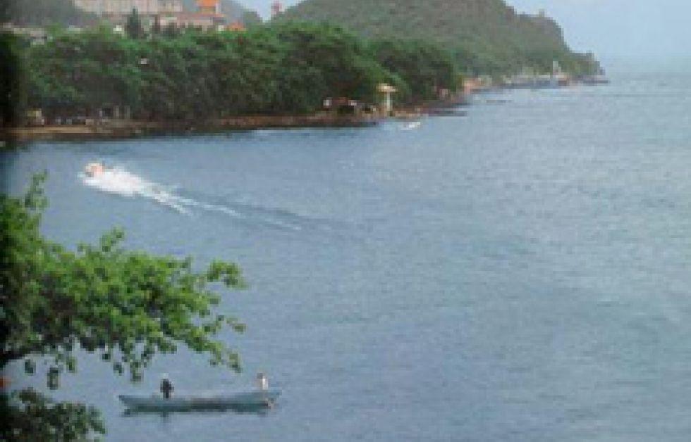 Dykare söker efter det sjunkna Atlantis